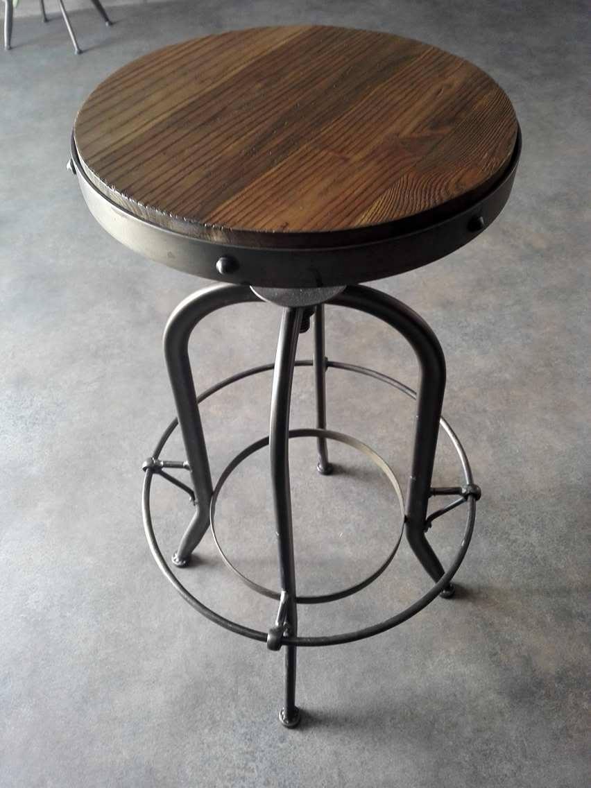 tabouret en bois et fer r glable simfactory. Black Bedroom Furniture Sets. Home Design Ideas